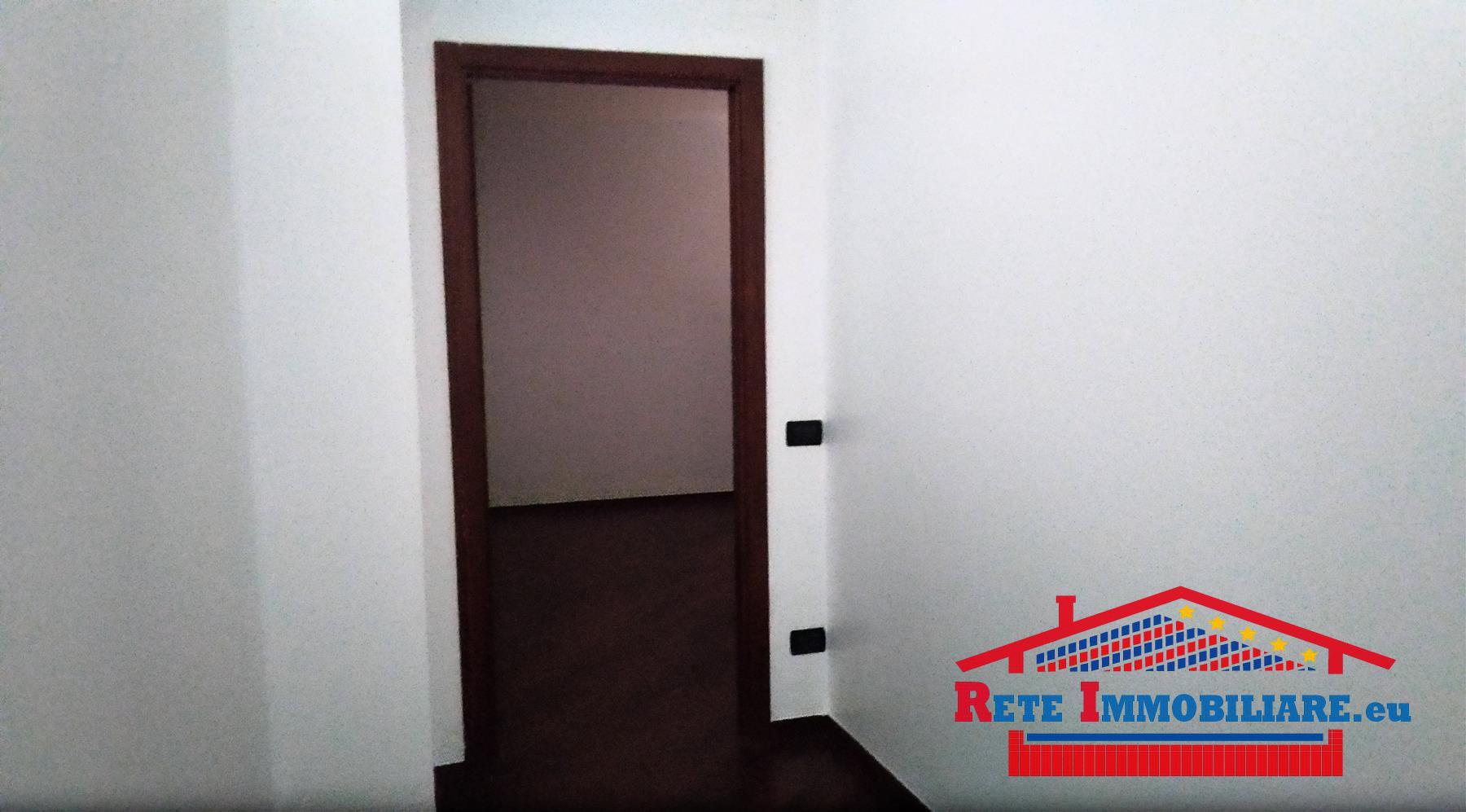 Appartamento uso ufficio in affitto a corso mazzini cosenza for Case uso ufficio